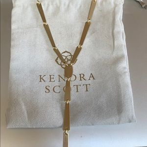 Jewelry - Kendra scott y necklace in gold